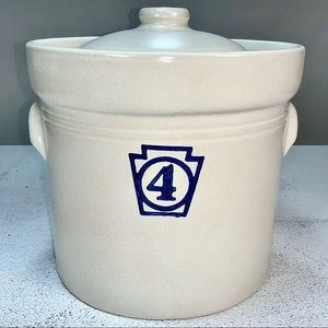 VINTAGE PFALTZGRAFF YORKTOWN LARGE # 4 STONEWARE CANISTER WITH LID